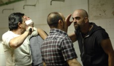"<a href=""http://mkinotv.ru/films/28577"">Камера 211</a><small>Боевик, Триллер, Драма</small>"