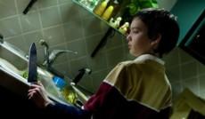 "<a href=""http://mkinotv.ru/films/330"">Впусти меня. Сага</a><small>Ужасы, Фэнтези, Драма</small>"