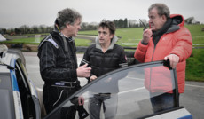"<a href=""http://www.autoplustv.ru/our-projects/entertainment/31771"">Гонки Top Gear</a>"