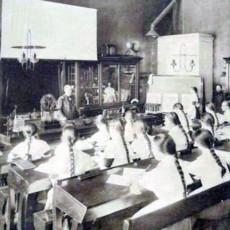 История российского учительства: Поле битвы