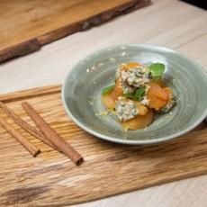 Kayisi Tatlisi со сливочным сыром с орехами