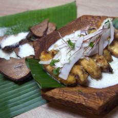 Жареные бананы с ромом и кокосовым орехом