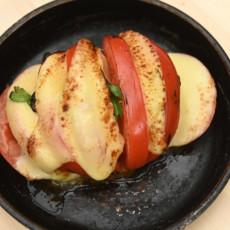 Томат, фаршированный сыром