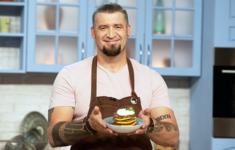 Ликбез по правильным завтракам на телеканале «Кухня ТВ»