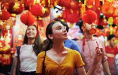 Совершите путешествие по райскому Сингапуру вместе с телеканалом «Кухня ТВ»
