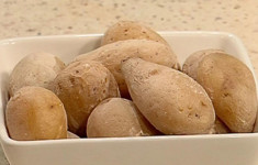 Молодой картофель по-канарски