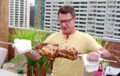 Жаркая кухня и сочные премьеры на канале «Кухня ТВ» в мае
