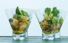 Севиче из гребешков с соусом из авокадо