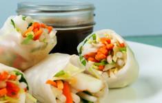 Креветочные роллы под азиатским соусом