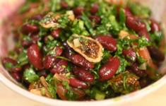 Салат из фасоли с инжиром