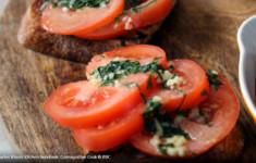 Тосты с томатами по-каталонски
