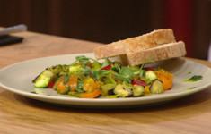 Тосканский хлеб без соли с овощной капонатой