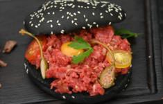 Бургер с тартаром из говядины