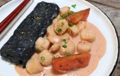 Омлет тамагояки с рагу из гребешков