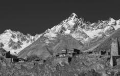 Захар Прилепин снимет на Северном Кавказе фильм «Записки о горных нравах»
