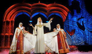 Канал «365 дней ТВ» приглашает зрителей на Национальное Шоу «Кострома»