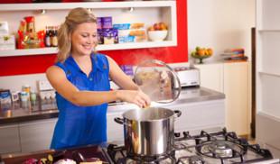 Счастье для гурманов на «Кухня ТВ» в ноябре