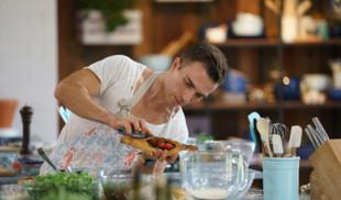 Лучшие программы октября на телеканале «Кухня ТВ»