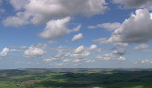 Наблюдая за облаками