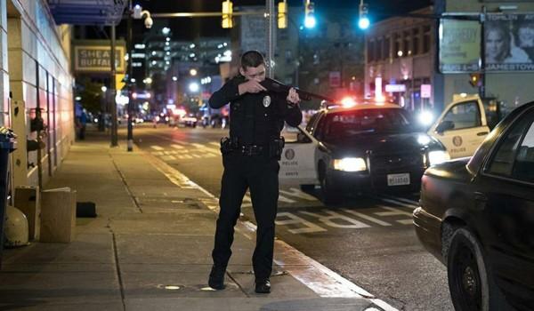 Полицейский седан