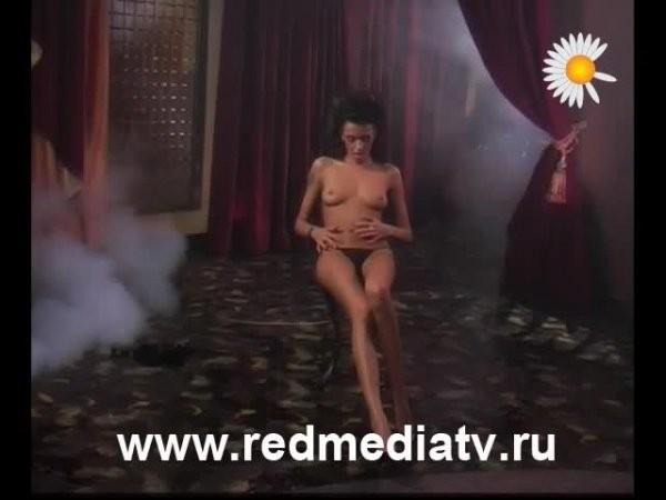 Erotika-film-russkaya-noch.