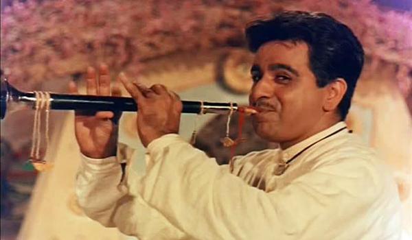 """<a href=""""https://www.indiatv.ru/films/27096"""">Джамна и Ганга</a>"""