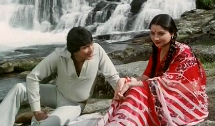 "<a href=""https://www.indiatv.ru/films/42690"">Таинственная смерть</a>"